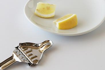 末広型レモン絞り