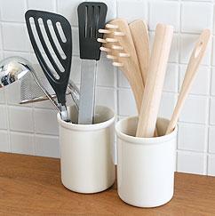陶器のツールスタンド